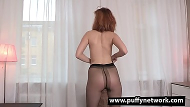 Horny Bitch Rips Her Pantyhose To Pleasure Herself