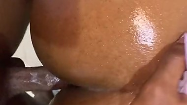 she cums on my dick and I give her a beautiful creampie !