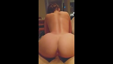 Fit Teen With Perfect Ass Reverse Cowgirl Creampie - POV