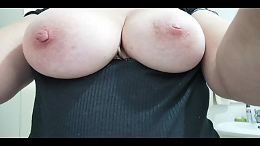 my chat friends play with their boobs (snapchat, kik, facebook