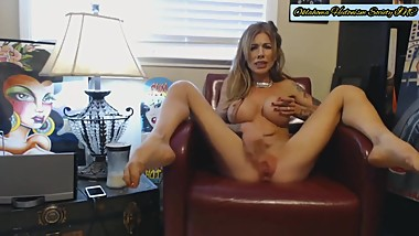 OHS Girl Plays With Her Wet Pussy
