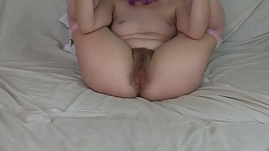 Bow down and lick my hairy pussy!