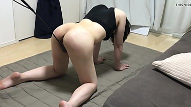 Pussy whipping training for amateur Japanese submissive