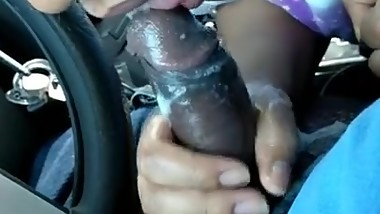 Cum keep sucking Frontseat parking lot blowjob