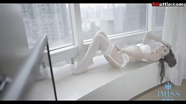 Chinese Hottie: sexy model Sa Sa(王沫儿SaSa) wearing white sexy underwear