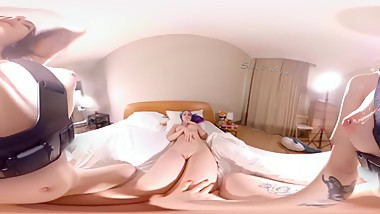 VR 360 Sex two step sisters in bed Little Reislin
