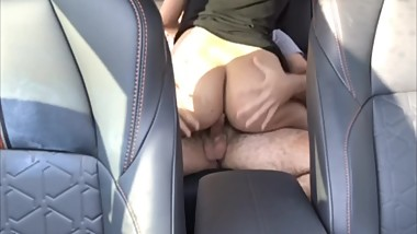 QUICKY FUCK WITH BOYFRIEND AT WORK PUBLIC IN CAR HE CUMS SO FAST!! WET PUSS