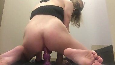 Petite Trap Fucks Herself With a Bad Dragon and Shows Off Her Ass