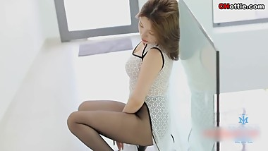 Chinese Hottie: famous sexy model Huang LeRan(???) wearing sexy underwear