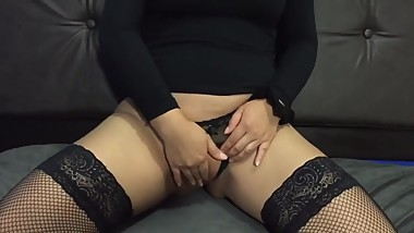 He can't resist her tight pussy and cums in 1 minute - (Creampie)