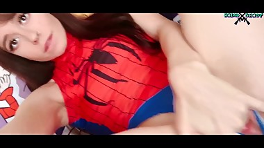 TEEN Spider girl masturbating until no one sees
